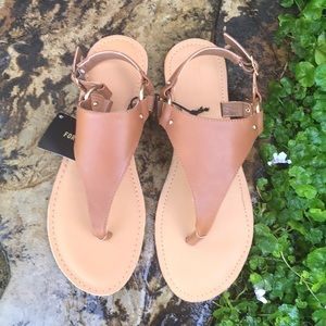 BRAND NEW SANDALS SIZE 9